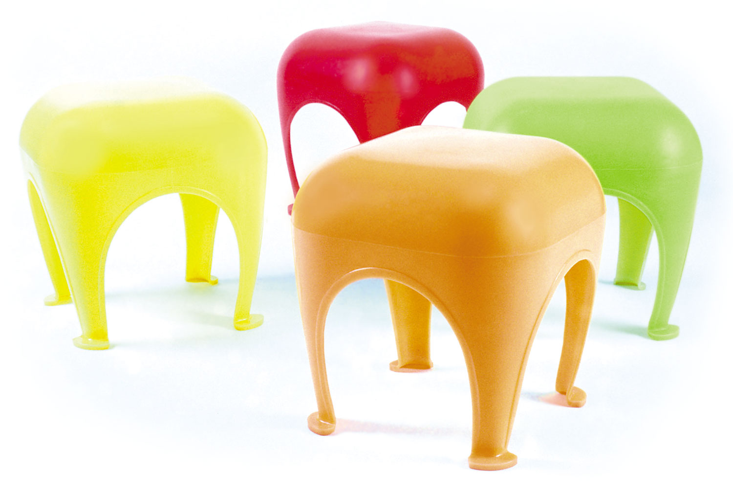 Le Gonflé stool made of recycled polypropylene