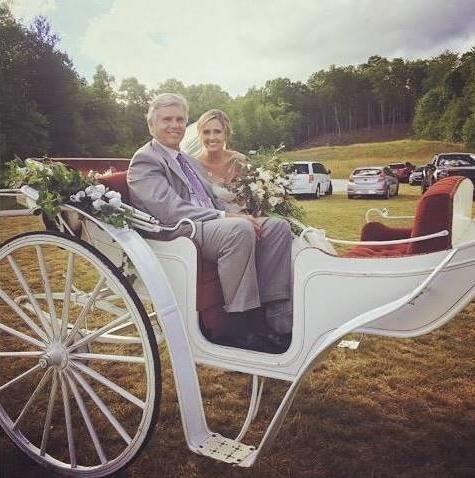 The bride arrives (002).jpg