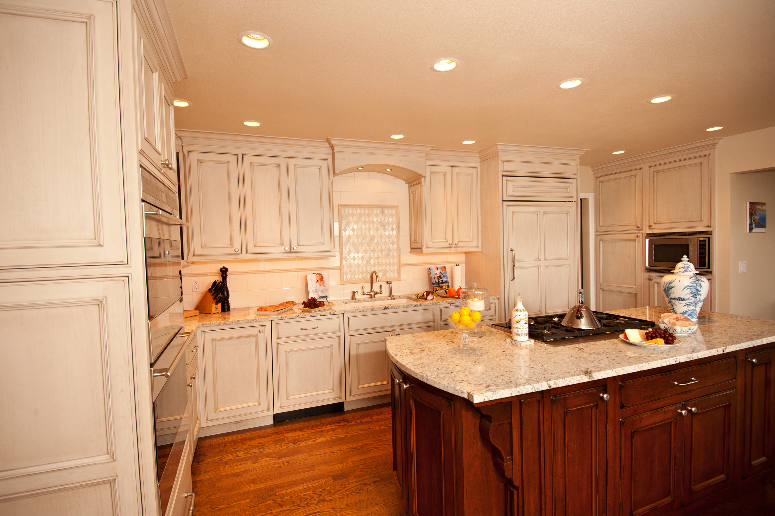 Websters Point traditional kitchen