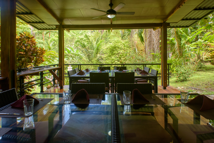 Best yoga retreat center serving vegetarian vegan gluten-free cuisine food