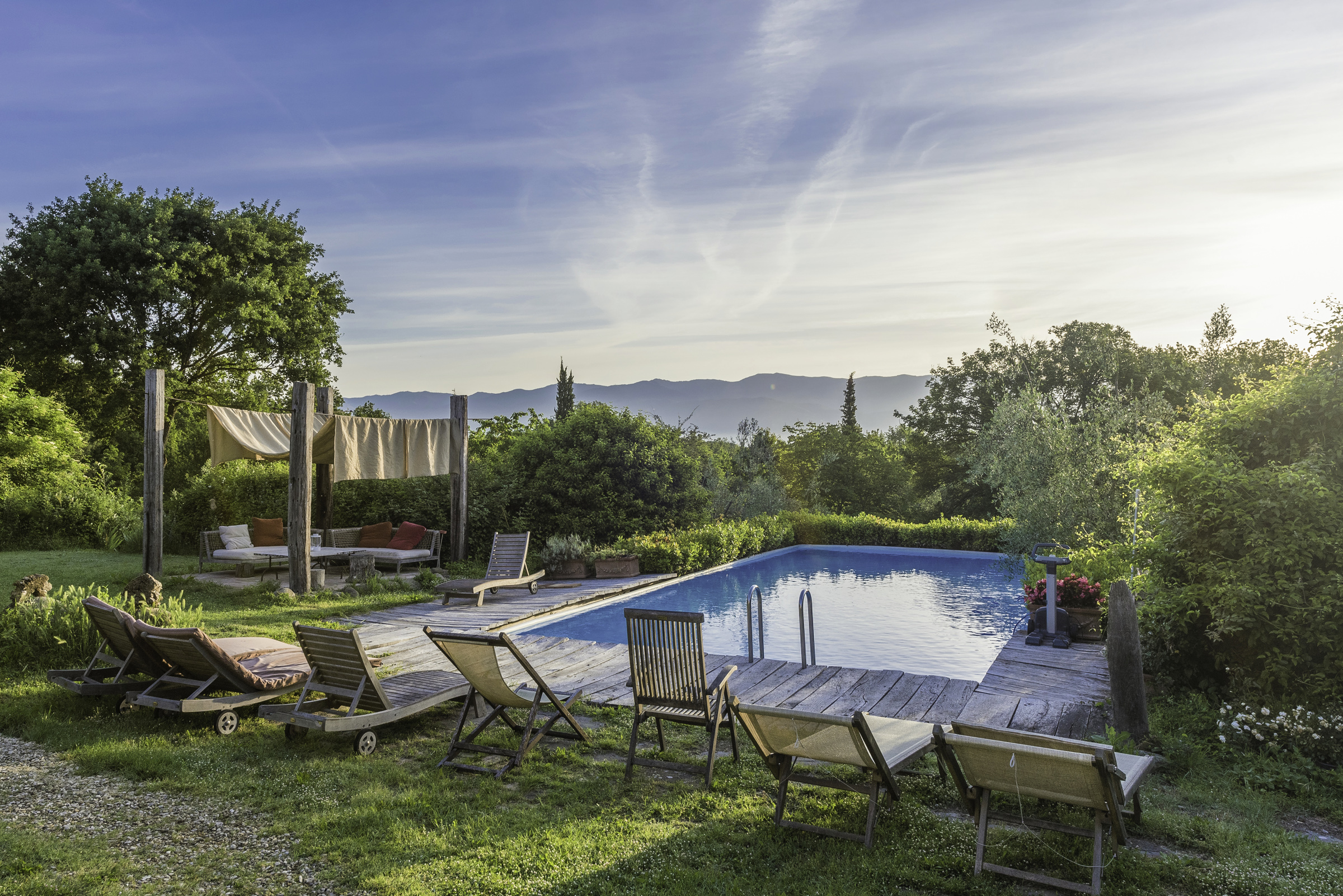 yoga and cooking retreat tuscany italy