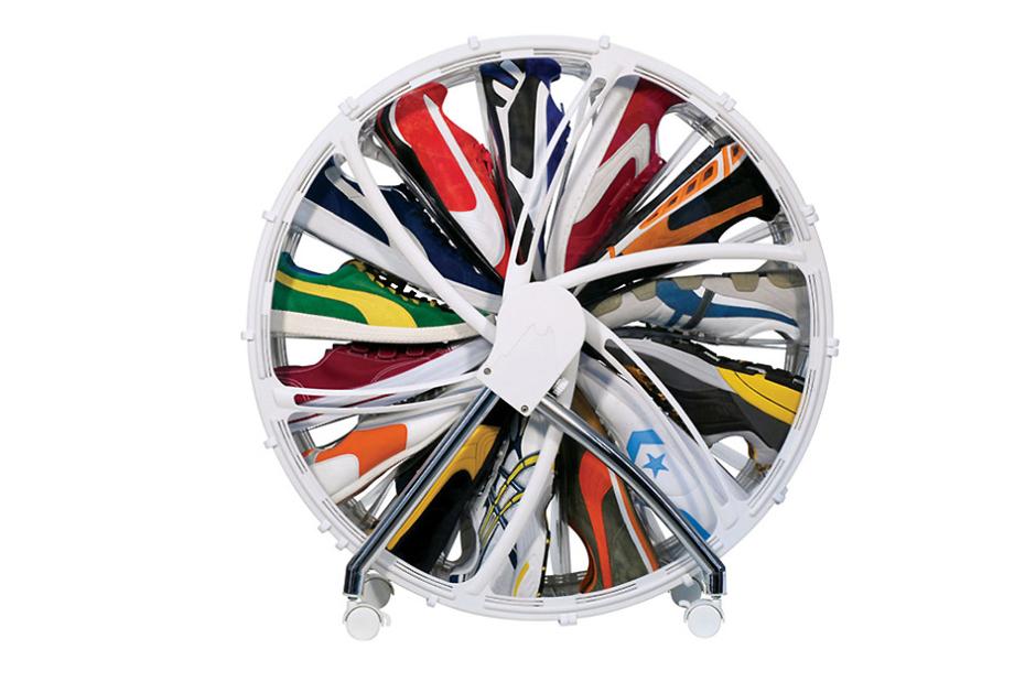 rakku-designs-presents-the-shoe-wheel-1.jpg