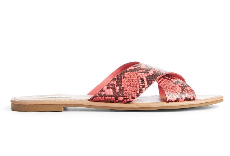 Sandals £6 €8 $9, WK37.jpg