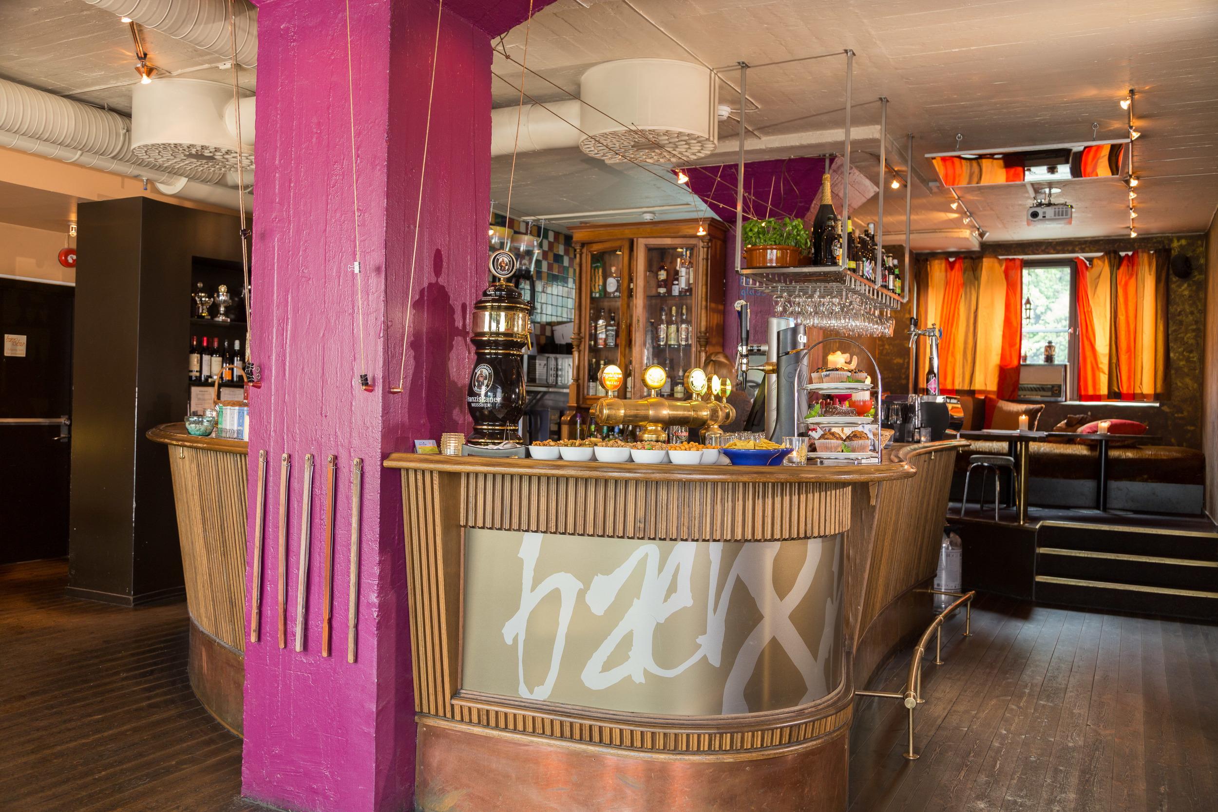 Cafe-bare-blåbær-bær-og-bar-trondheim-norge-46.jpg