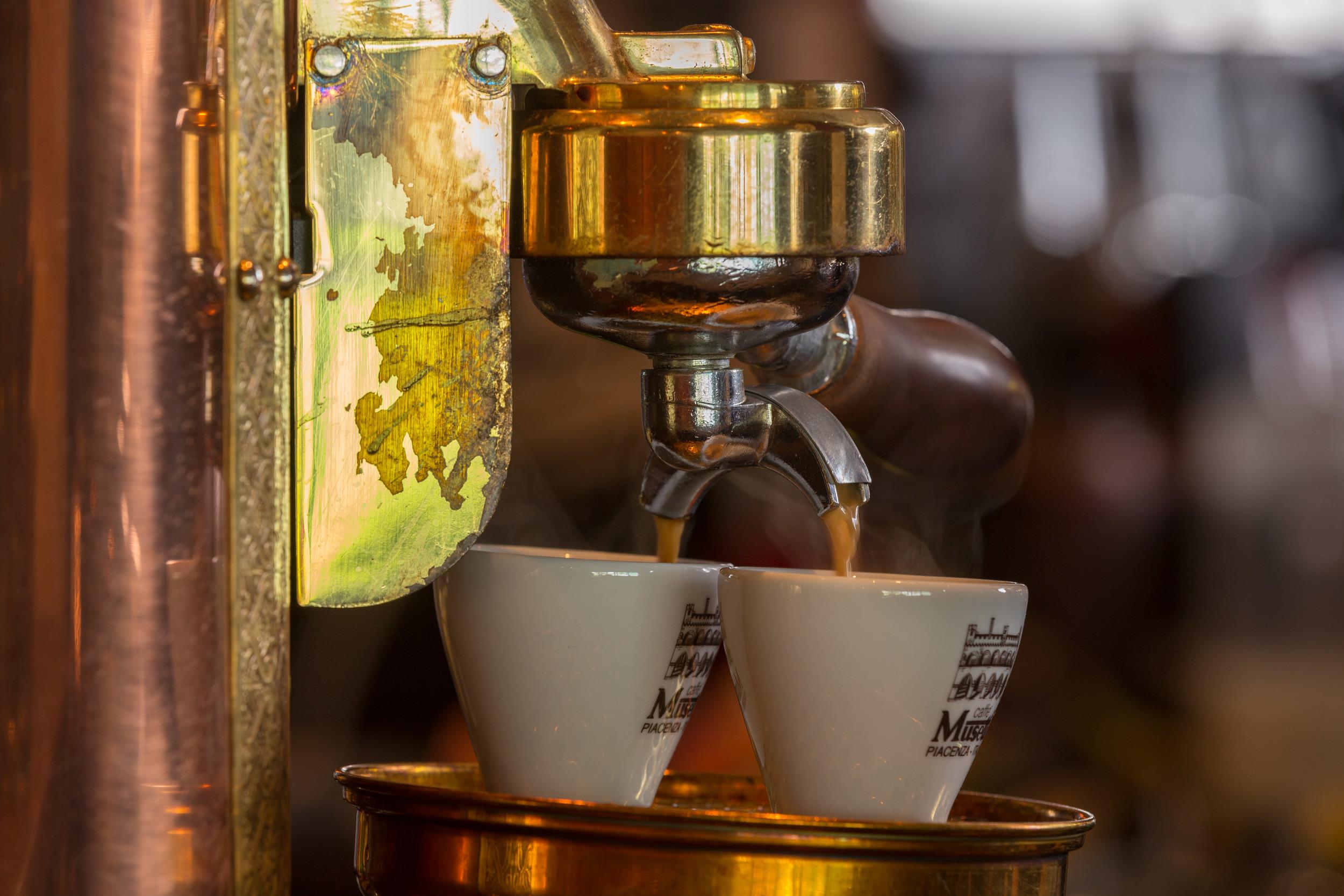 kaffe-bær-og-bar-trondheim-norge