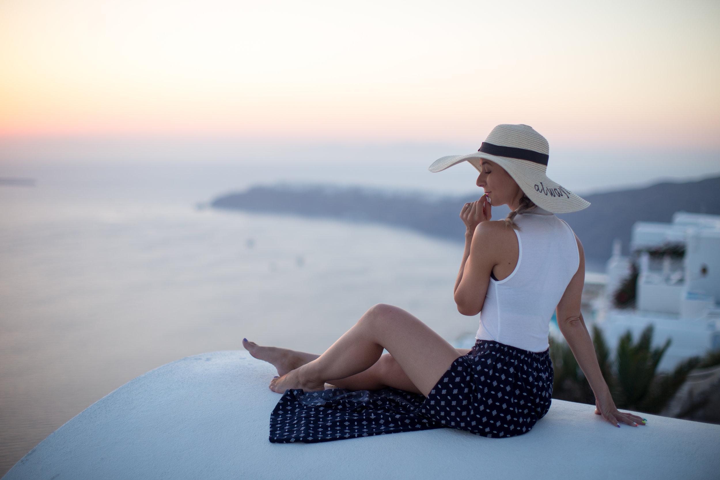 Asia in Santorini-8607.jpg