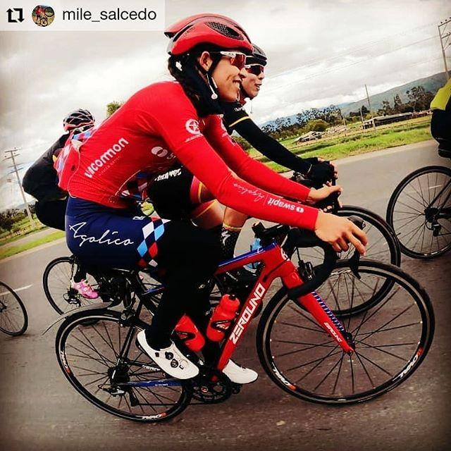 """#Repost @mile_salcedo 👉""""La vida es como montar en bicicleta, para mantener el equilibrio hay que seguir pedaleando"""" (Albert Einstein)  Y que mejor que mi @zerounobikes que me hace sentir libre y equilibrada... 🤩  @zerounobikesmexico @swapitagolico  #SwapitAgolico y #JuntasMejores #ZerounoMexico #FollowNoOne #RideZerouno #elite #zerounobikes"""