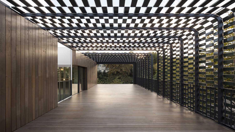 Flexbrick es un sistema flexible de recubrimiento y acabado (Imagen edificio PMMT architects).