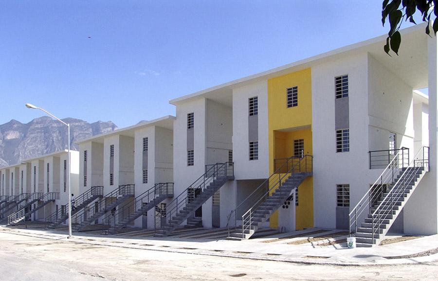 El proyecto sigue la misma idea que en la Quinta Monroy, desarrollando espacios habitables de muy bajo coste para los más pobres, pero fácilmente ampliables.