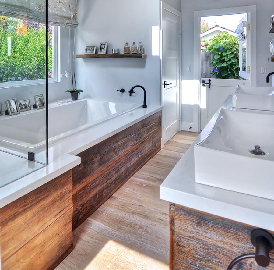 Con una buena selección, la madera se puede colocar en cualquier lugar de nuestra vivienda.