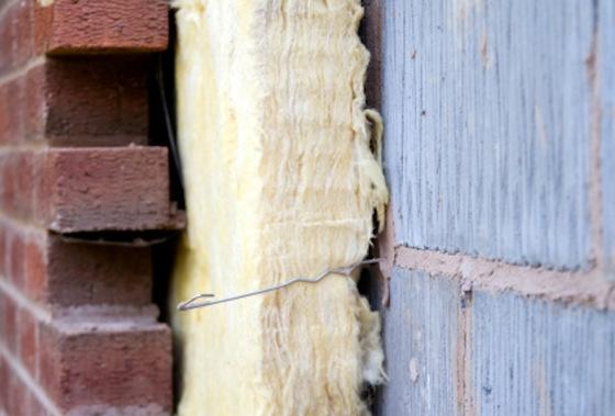 Aislamiento térmico en cámara de fachada.