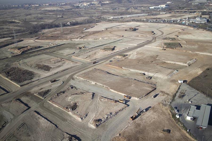 Terrenos donde se construirán las viviendas de Los Ahijones.