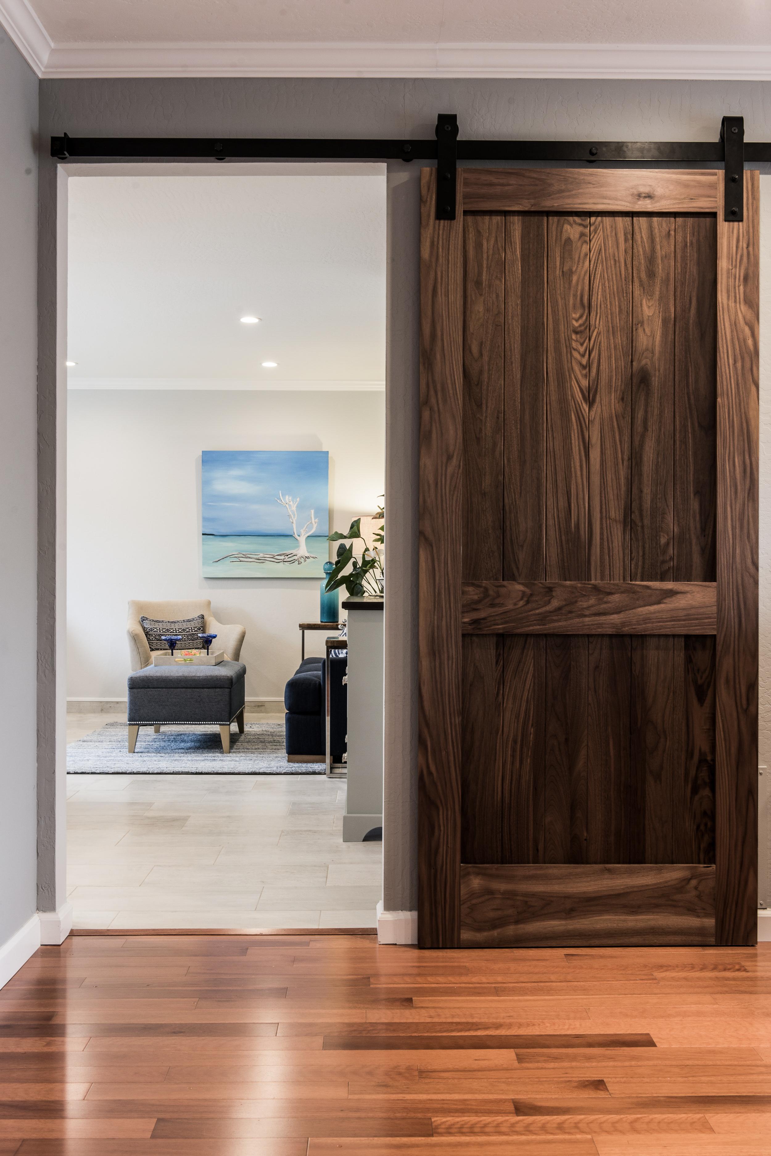 Tropical Beach Bungalow Interior Design interiorstyle