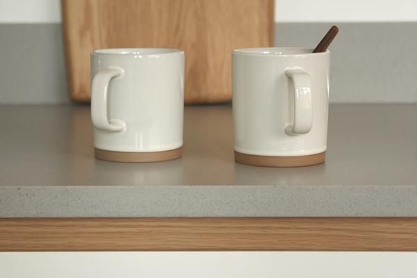 Worktop with Tea Cups 600x400px.jpg