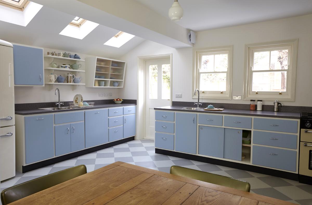 Standforth Kitchen Mid Century 1 900px wide.jpg