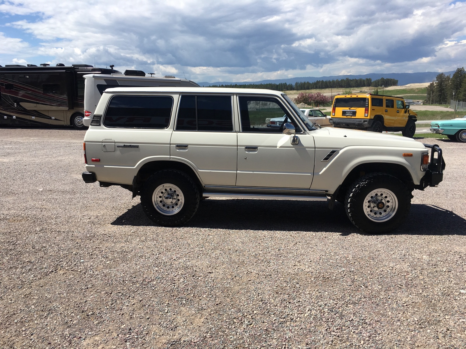 1984 Toyota LandCruiser - small lift, 4WD, new wheels and tires, ARB bumper, automatic and straight six, 120,000 original miles MINT MINT MINTSOLD