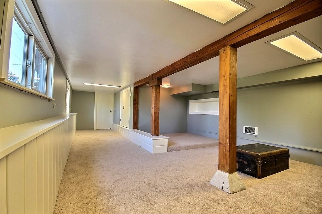 lower bed2.jpg