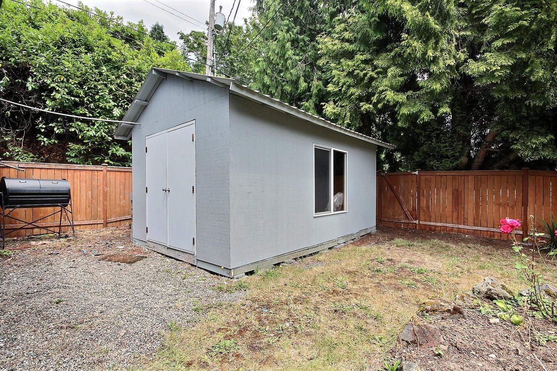 13-shed.jpg