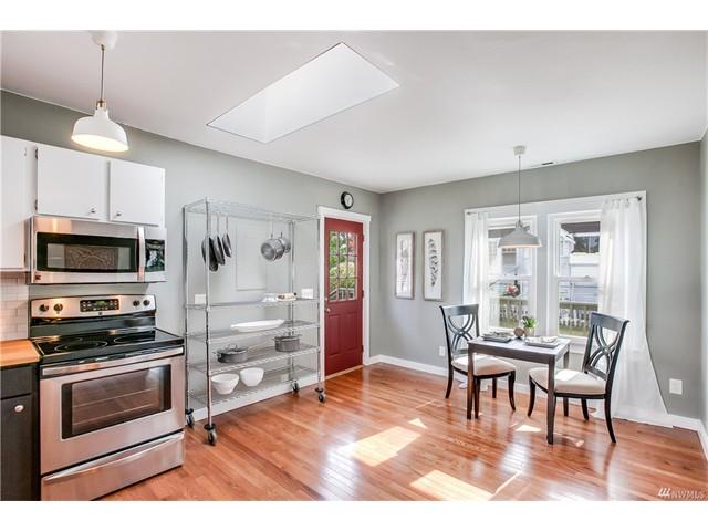 9244 kitchen 2 to slider.jpeg