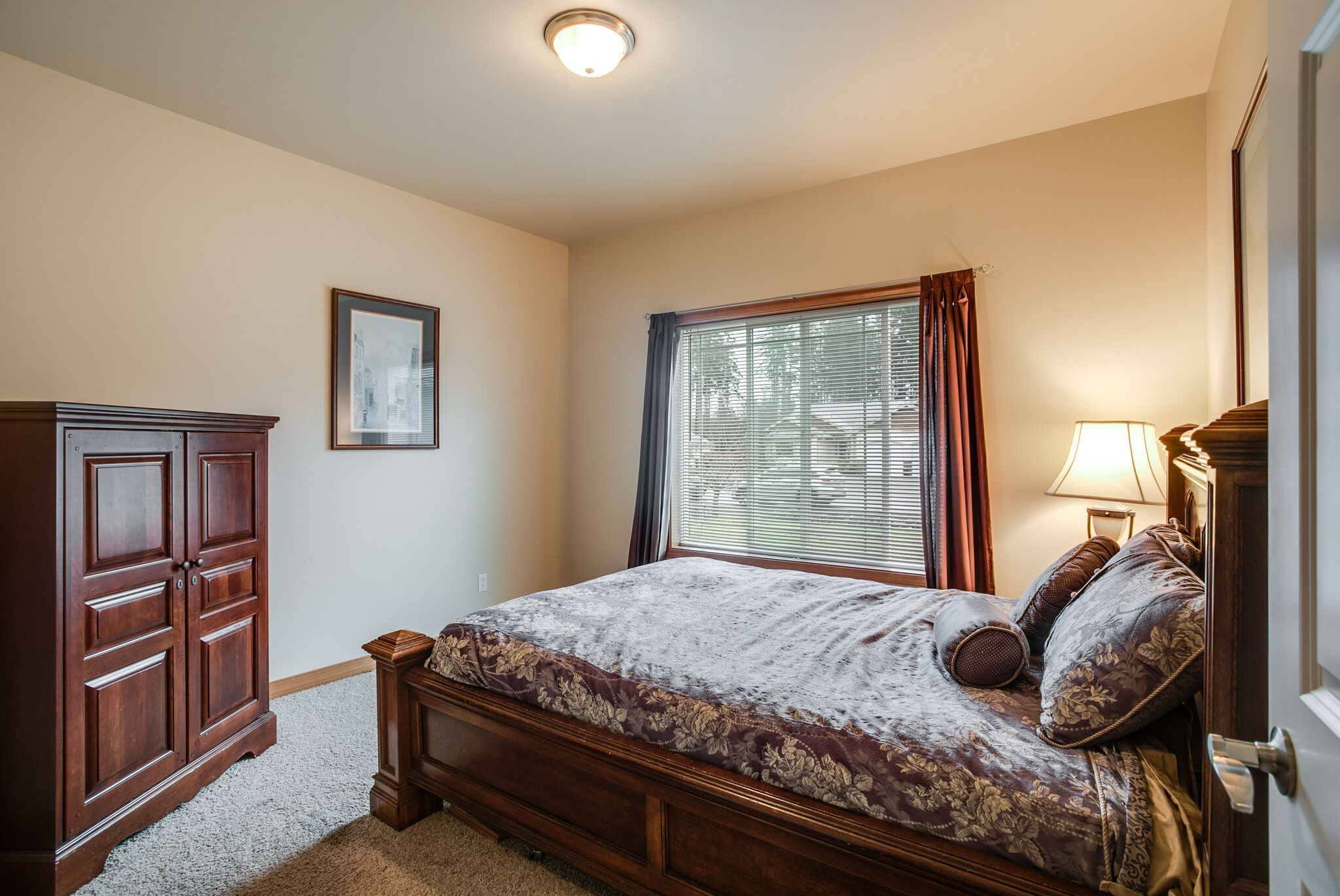 9-bed2.jpeg