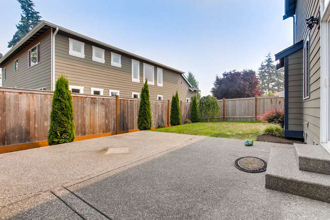 23419 84th Ave W Edmonds WA-small-027-28-Patio-666x444-72dpi.jpg