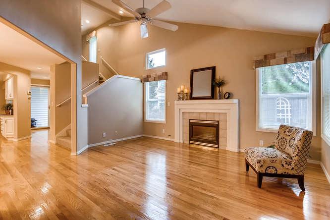 4801 NE 18th Pl Renton WA-small-005-24-Living Room-666x444-72dpi.jpg
