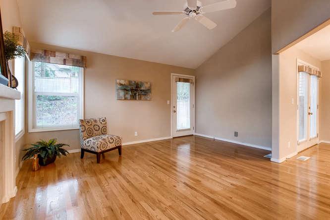 4801 NE 18th Pl Renton WA-small-007-2-Living Room-666x444-72dpi.jpg