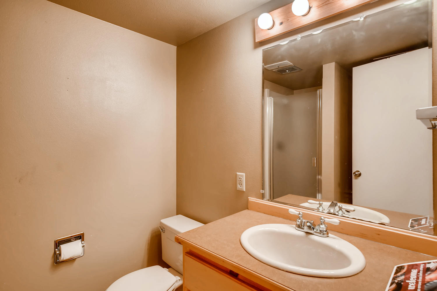 22224 3rd Ave SE Bothell WA-large-020-11-Lower Level Bathroom-1500x1000-72dpi.jpg