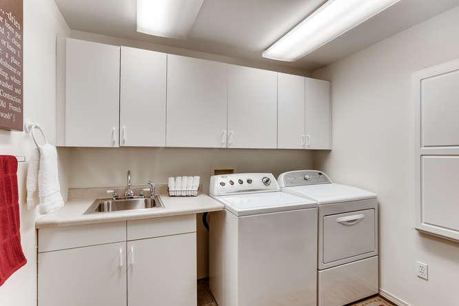 9515 Paradise Lake Road-small-023-014-Laundry Room-666x444-72dpi.jpg