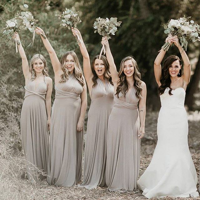 Grab your girls and celebrate 🔅 Photography: @itsmelissarey • • • • • • • • • • •  #weddingflowers #florals #florist #socalweddings #wedding #ocflorist #laflorist #bridal #floraldesign #bride #floraldesigner #floralarrangement #weddingplanning #summerwedding #eventflowers #flowers #socalbrideblog #socalbride #wintewedding #engaged #engagement #socalbrideblog #theknot #weddingforward #junebugweddings #greenweddingshoes #bohowedding #bohobride #mayeshoc