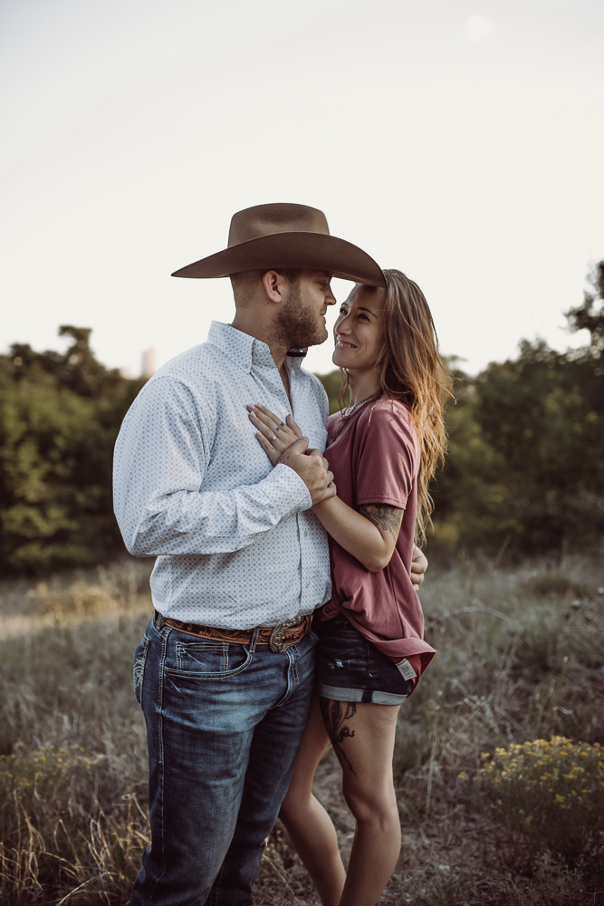 laura-beck-photography-best-lubbock-texas-couples-love-lifestyle-engagement-wedding-anniversary-portraits-93.jpg