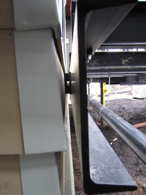 gap behind deck ledger
