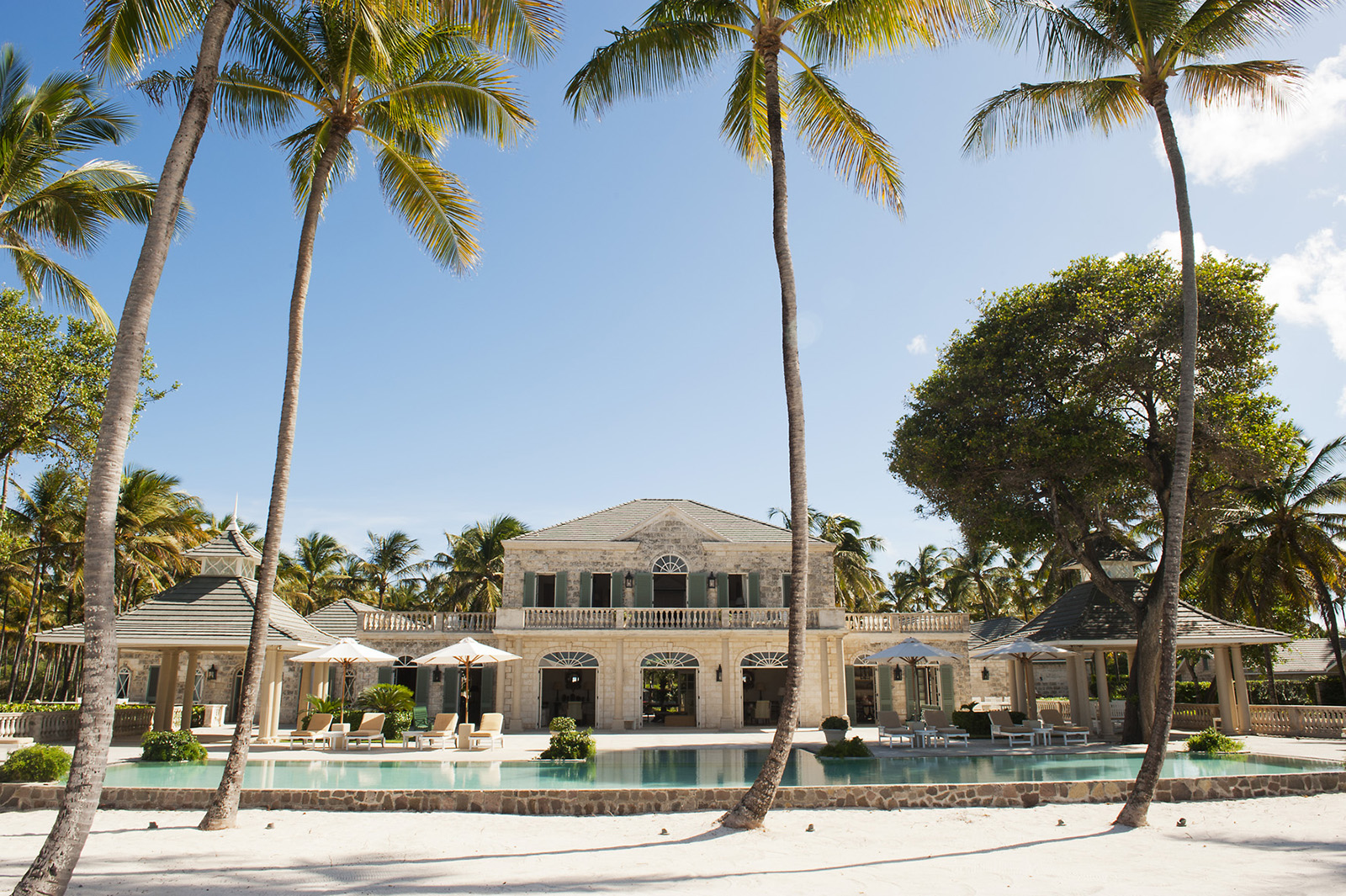 MUSTIQUE - Palm Beach - 8 Bed, 8 Bath