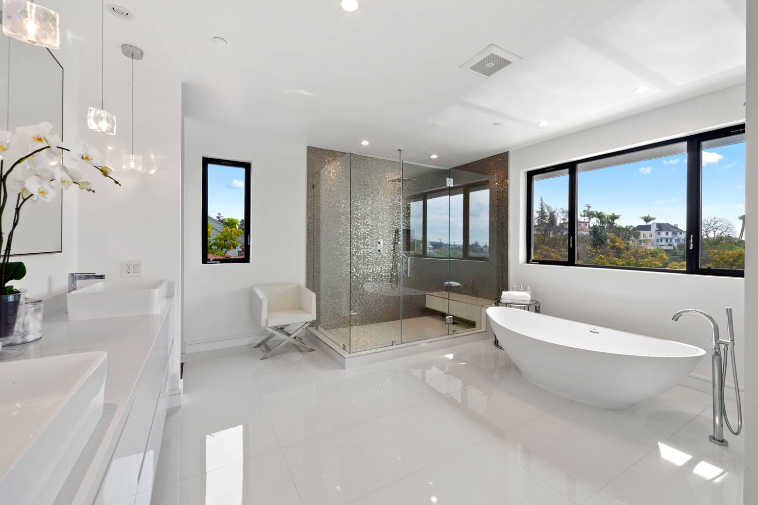 master-bath-view.jpg