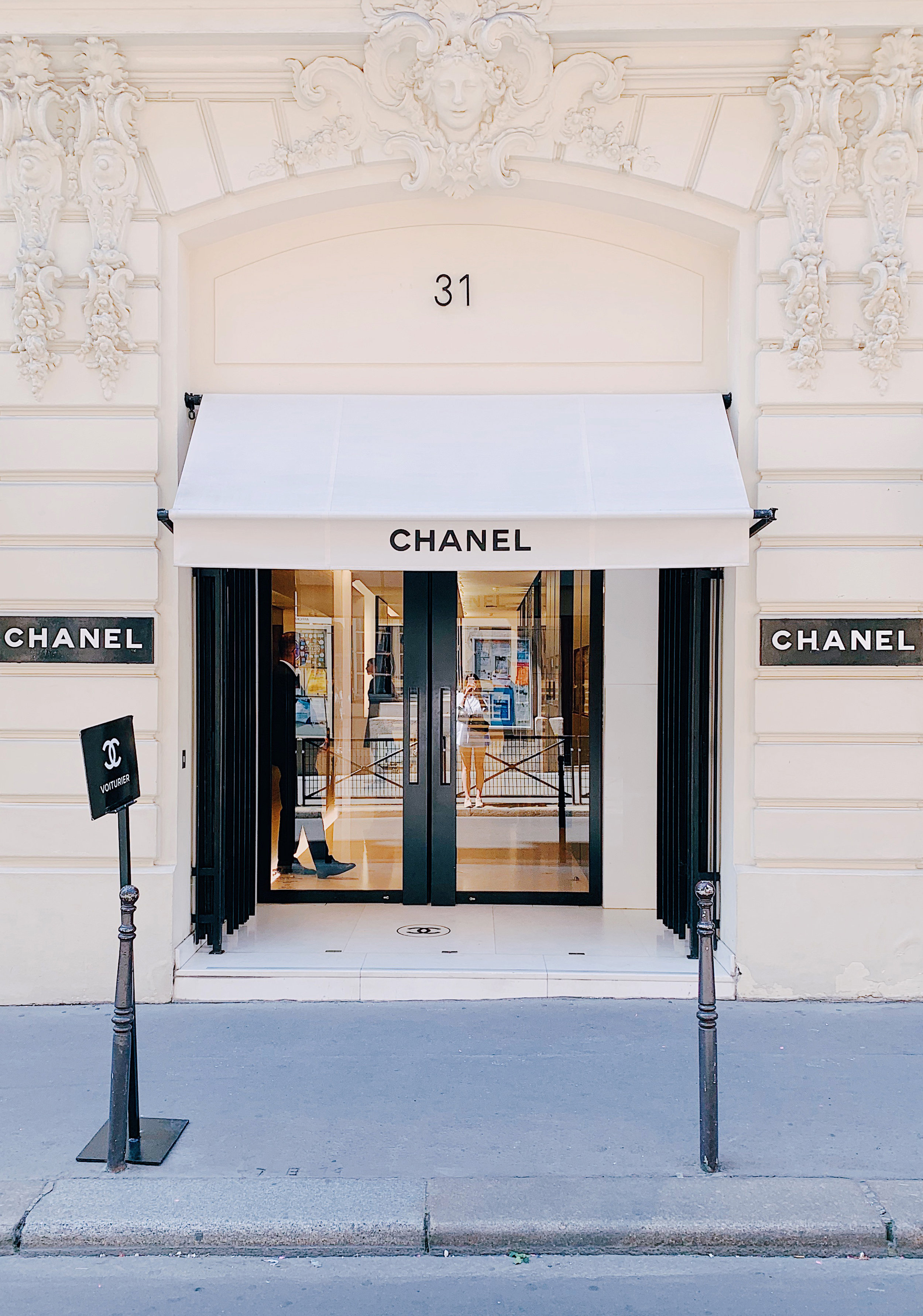 Paris 5 Chanel 31 Rue Cambon.jpg