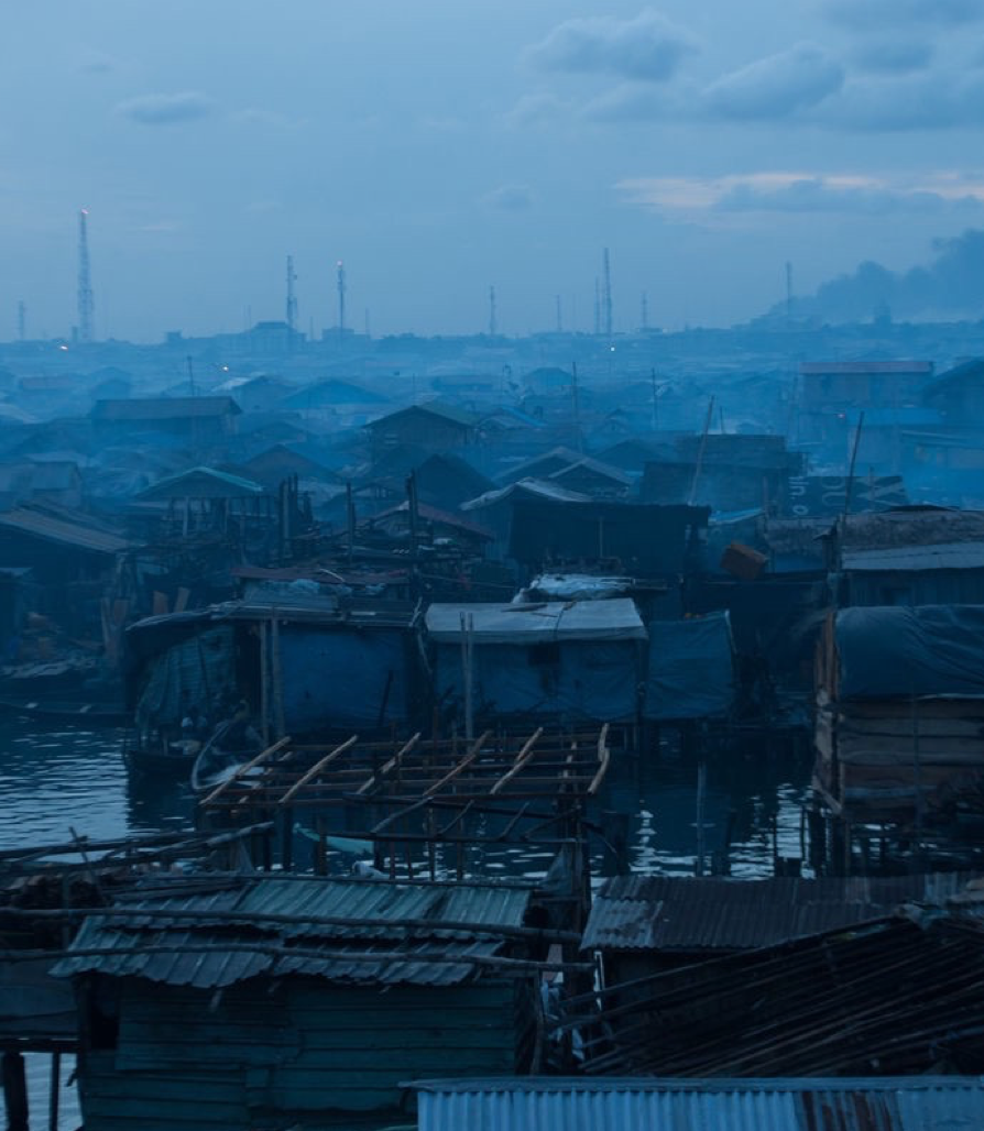 Cities are at abreaking point. - And yet they are our future. Our good future. Slums in cities across Asia and Africa are in squalor. And yet one third of humanity is soon to live in a slum. Cities are at a breaking point and slums are stuck.
