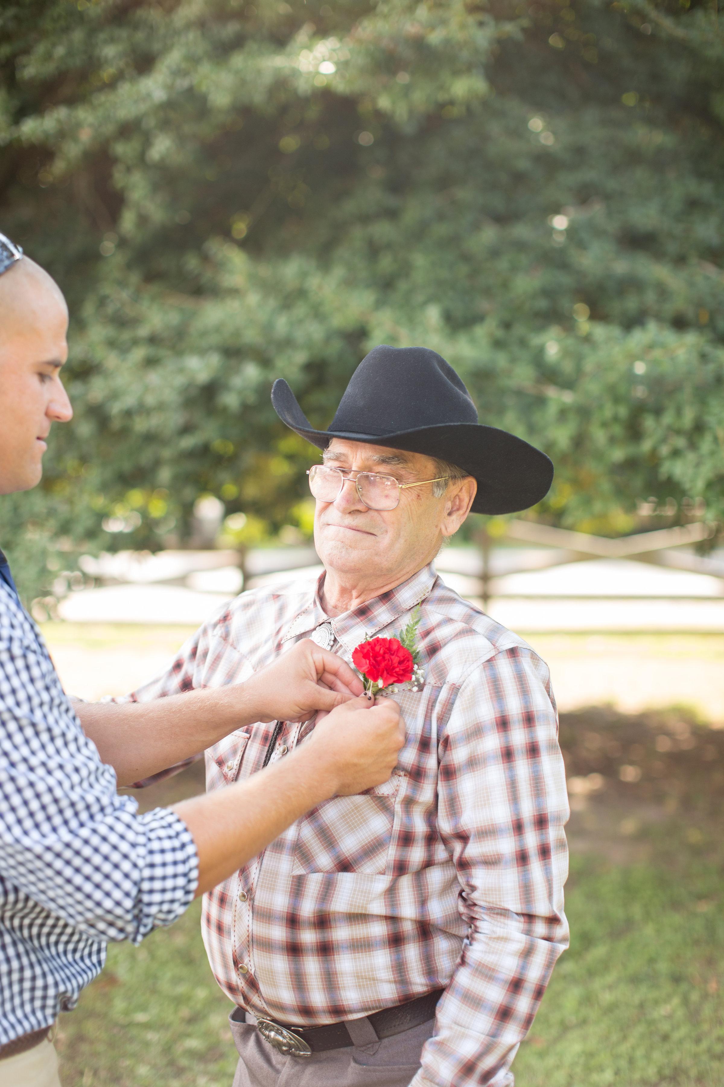 country-rustic-wedding-cowboy-hat-groom-bouttoniere-virginia-photos.jpg