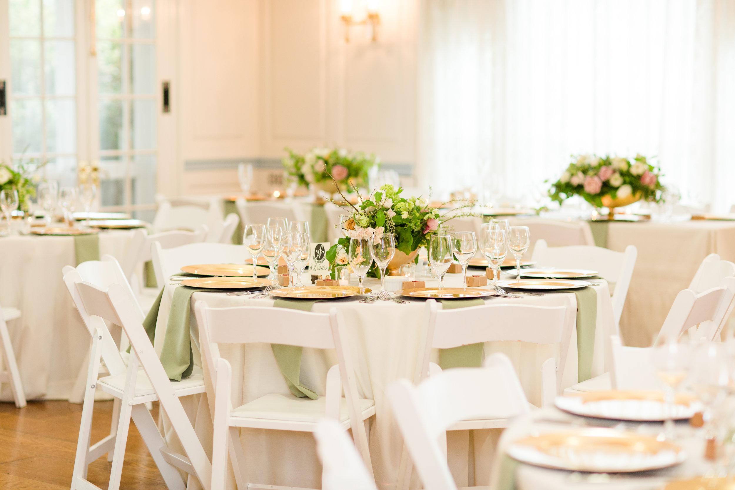 glenview-mansion-rockville-maryland-bourbon-derby-buker-wedding-reception-details-bethanne-arthur-photography-photos-57.jpg