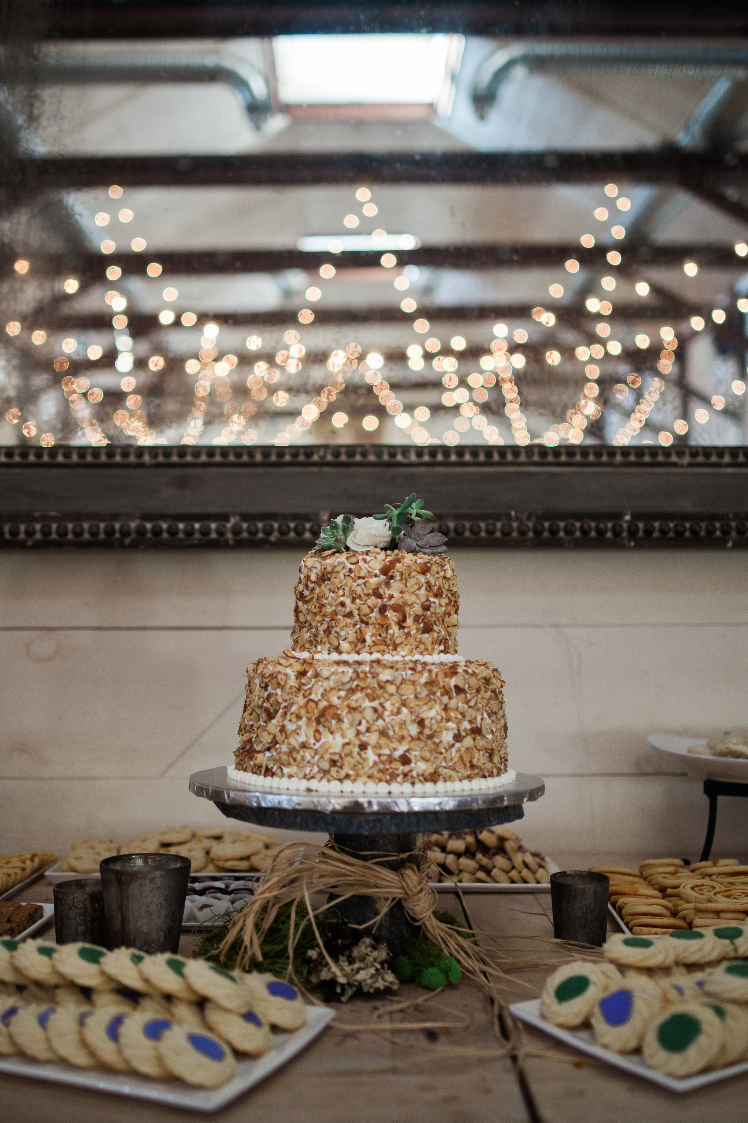 The One Moment Events - Charlottesville Wedding Cake.jpg