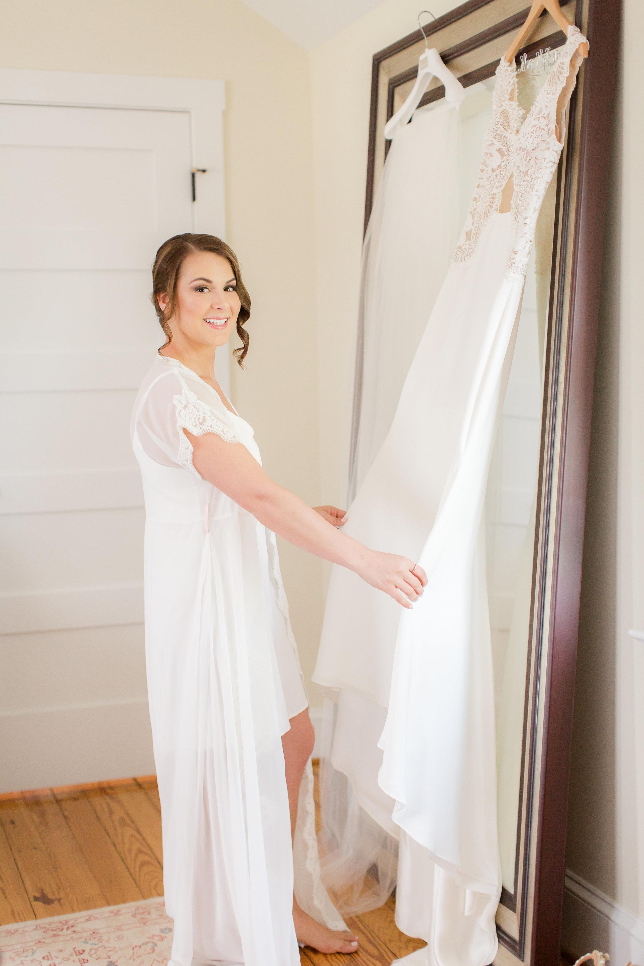 03 Bridal Prep-37.jpg