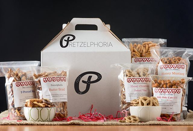 Last call for Father's Day! Get Dad something he didn't have time to get himself, The Six Pack!  In honor of #fathersday we've curated special flavor combos for our Pretzelphoria Six Pack: The Classic and The Major. Click on the link in bio 👆 to learn more and order yours today.  #pretzels #snacks #gifts #love #food #treat #yummy
