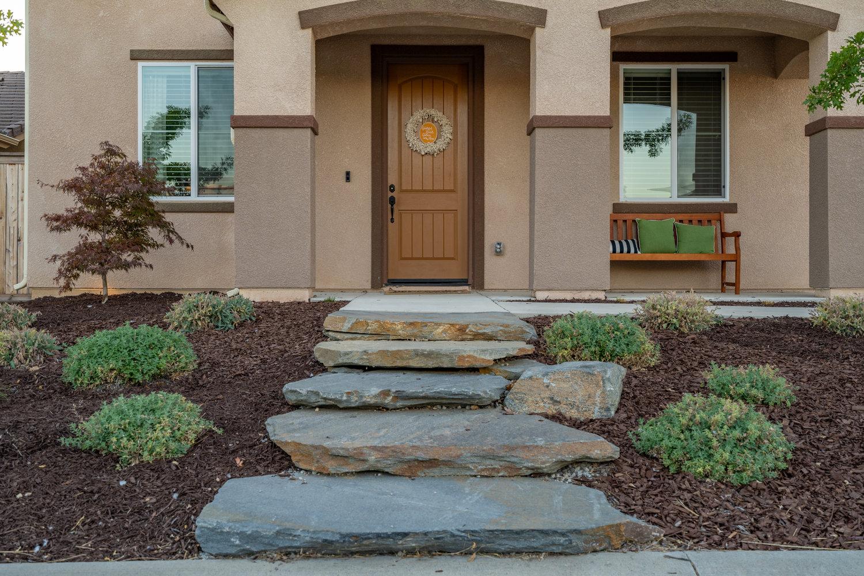 stone-steps-full-color-quartzite.jpg