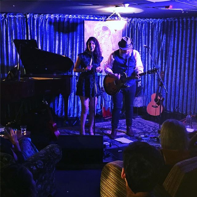 The Audrey's rockin it out to a packed house in Nambytown! #theaudreys #nambour #yesitsinnambour #nambourbynight #sunshinecoast #cocktailbar