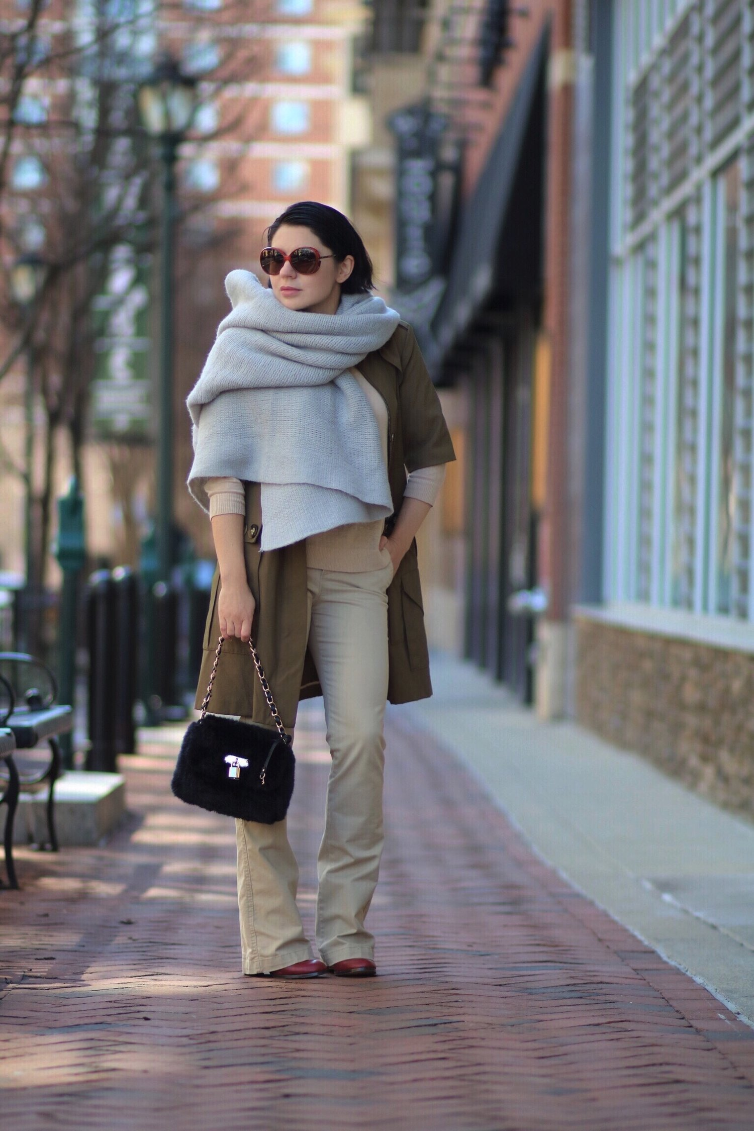 style-petites-trench-coats-Spring
