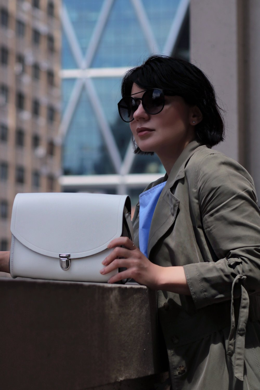 blogger-white-bag-cambridge