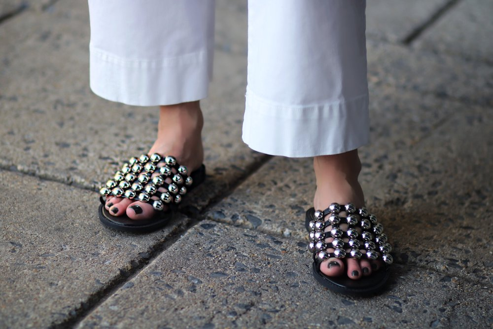close-up-simmi-slippers-metal-ball-accents