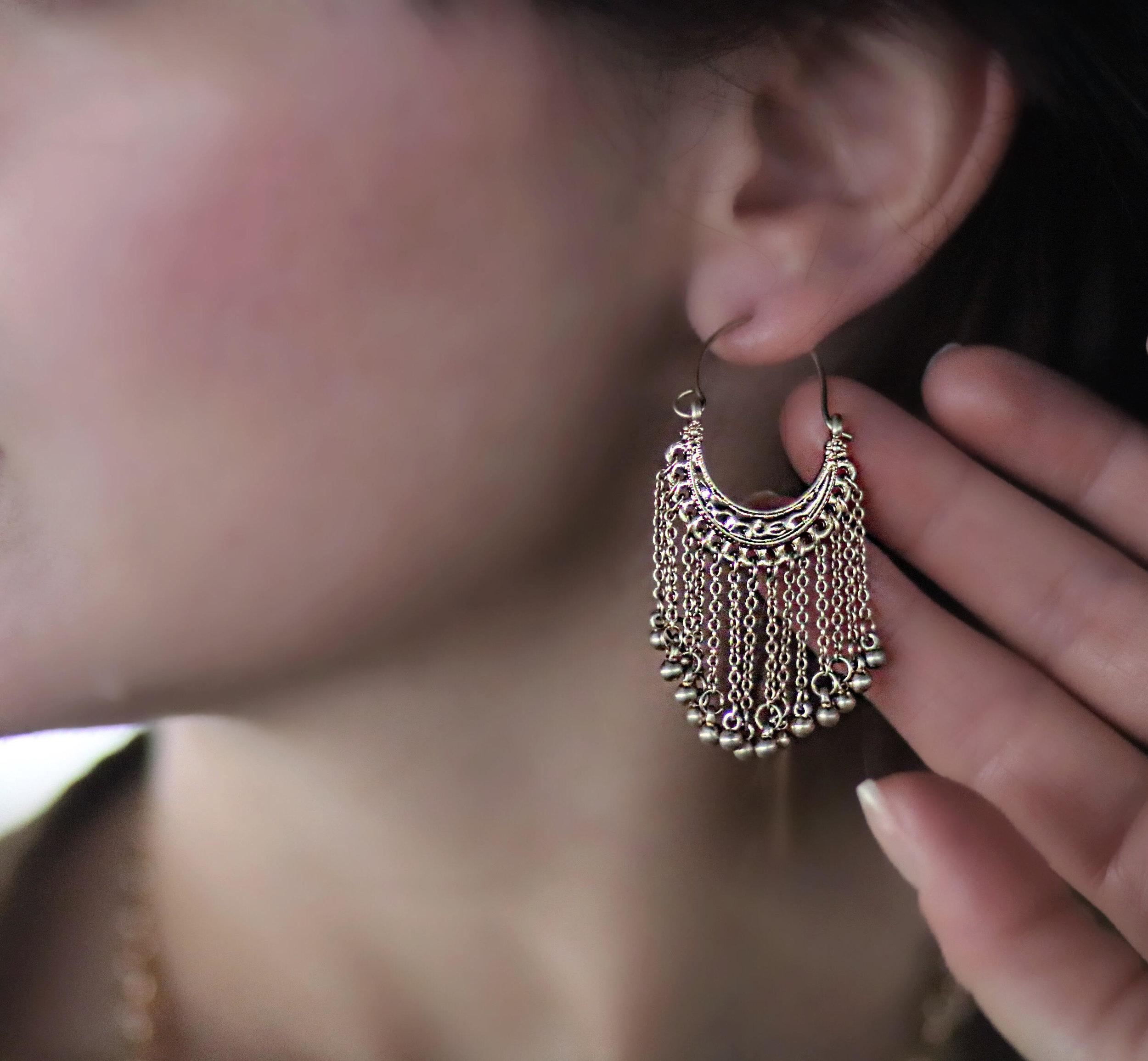 Kollectin-dangling-earrings