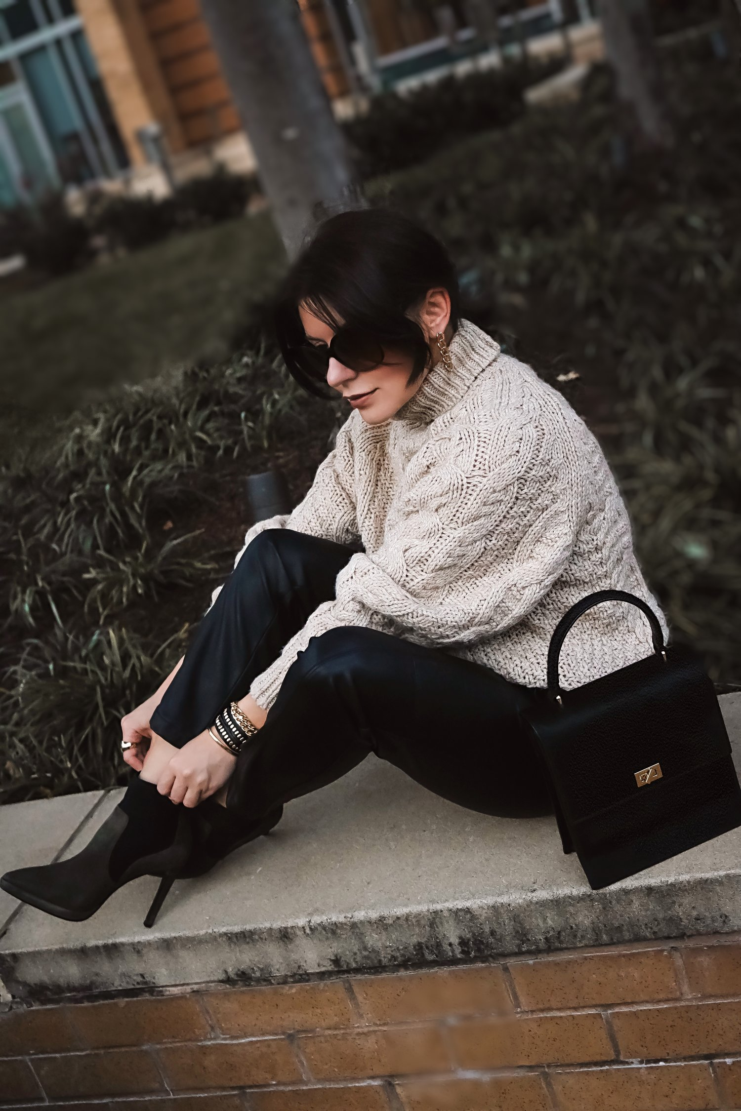leather-pants-chunky-sweater-street-style