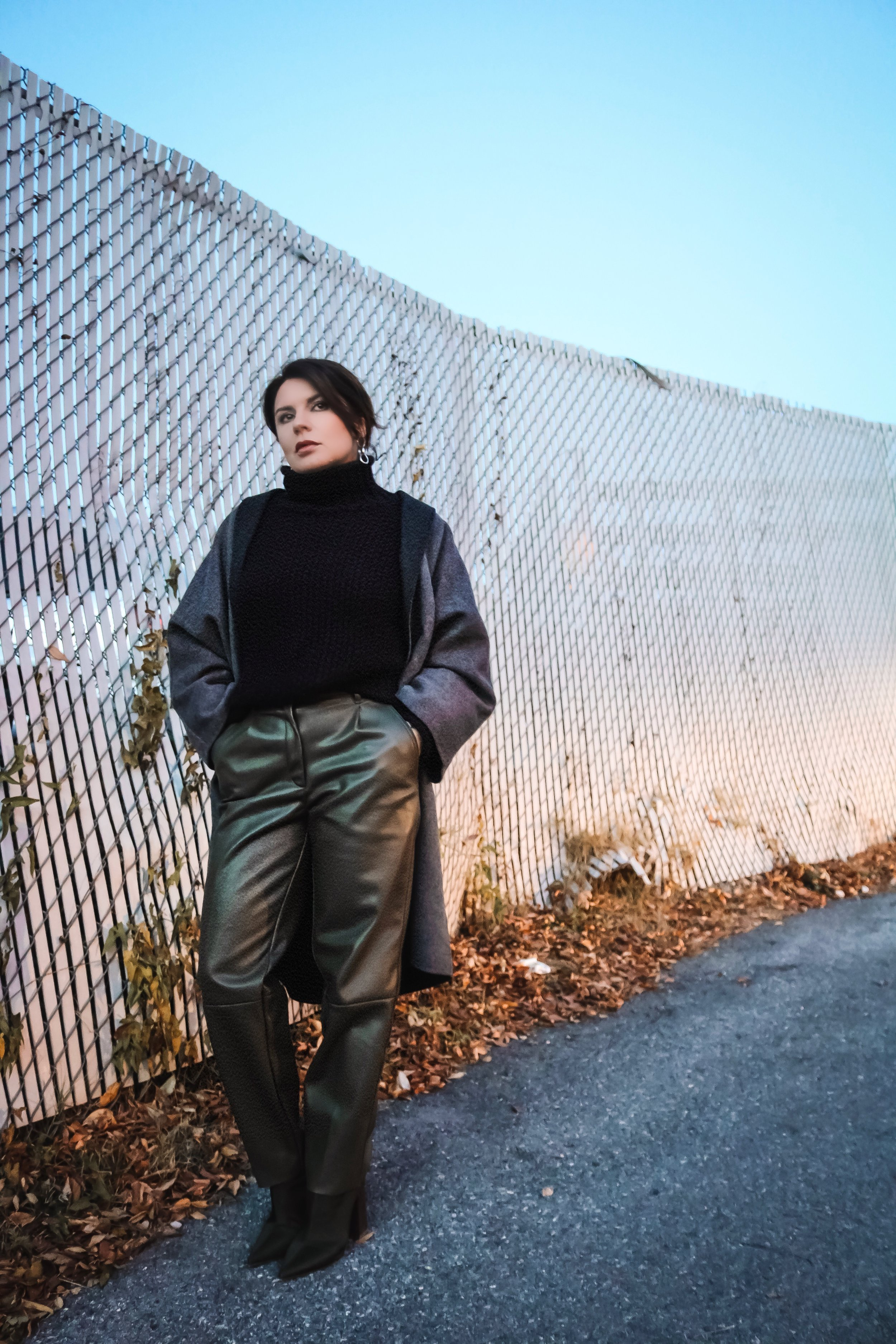 Gap-grey-coat-olive-pants-outfit
