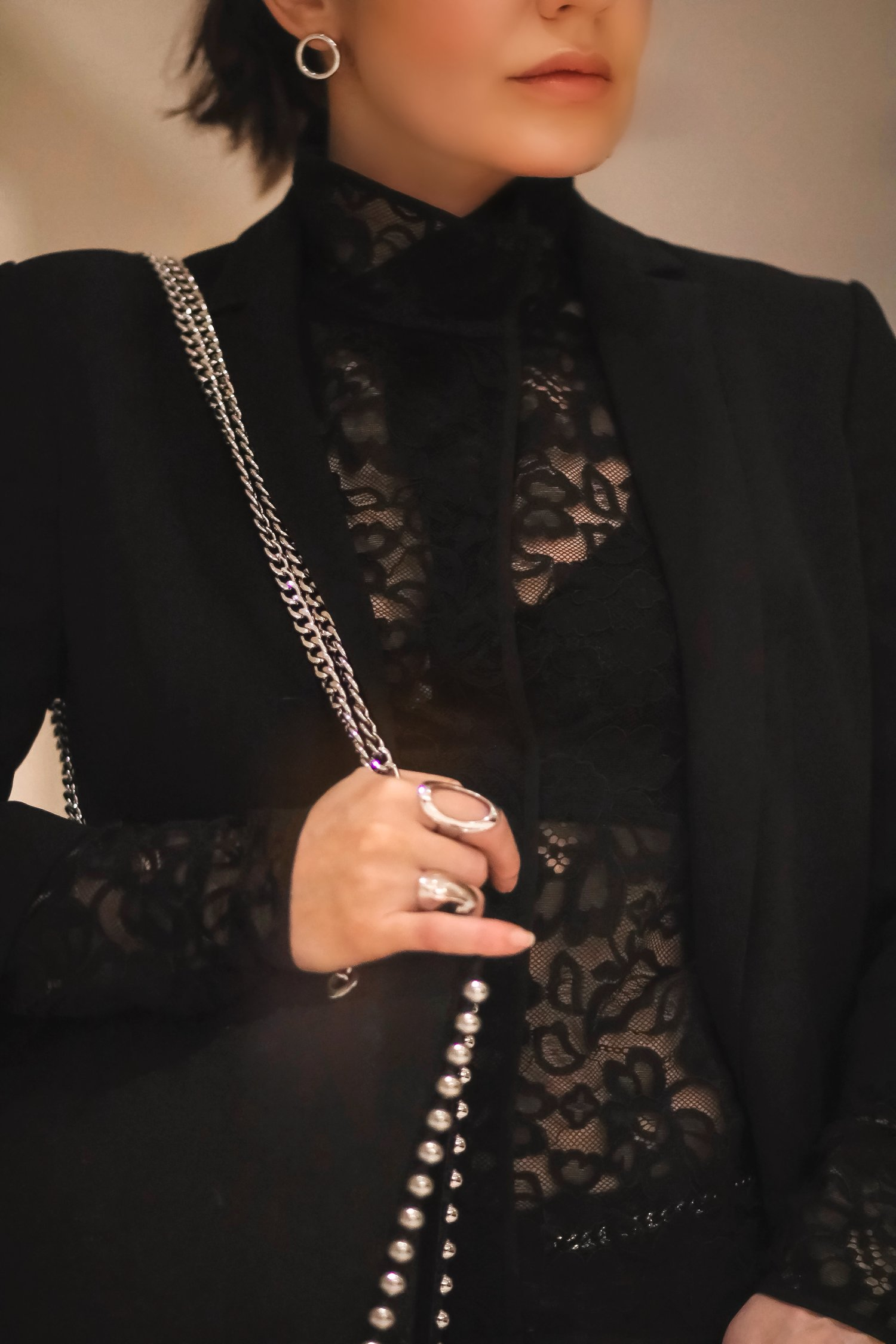 Close-up-details-lace-studded-bag